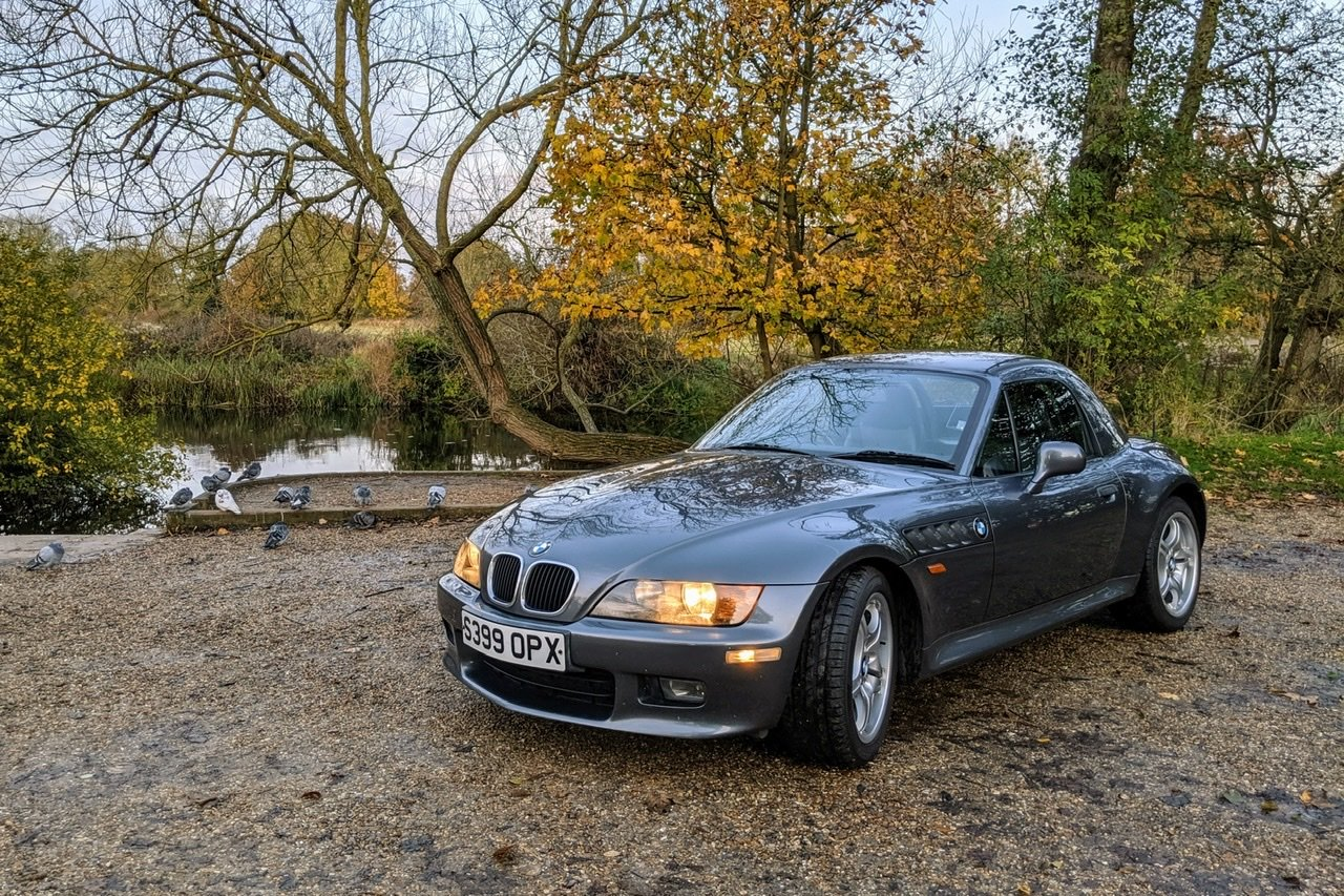 1999 BMW Z3 2.8i manual with factory hardtop For Sale (picture 3 of 6)