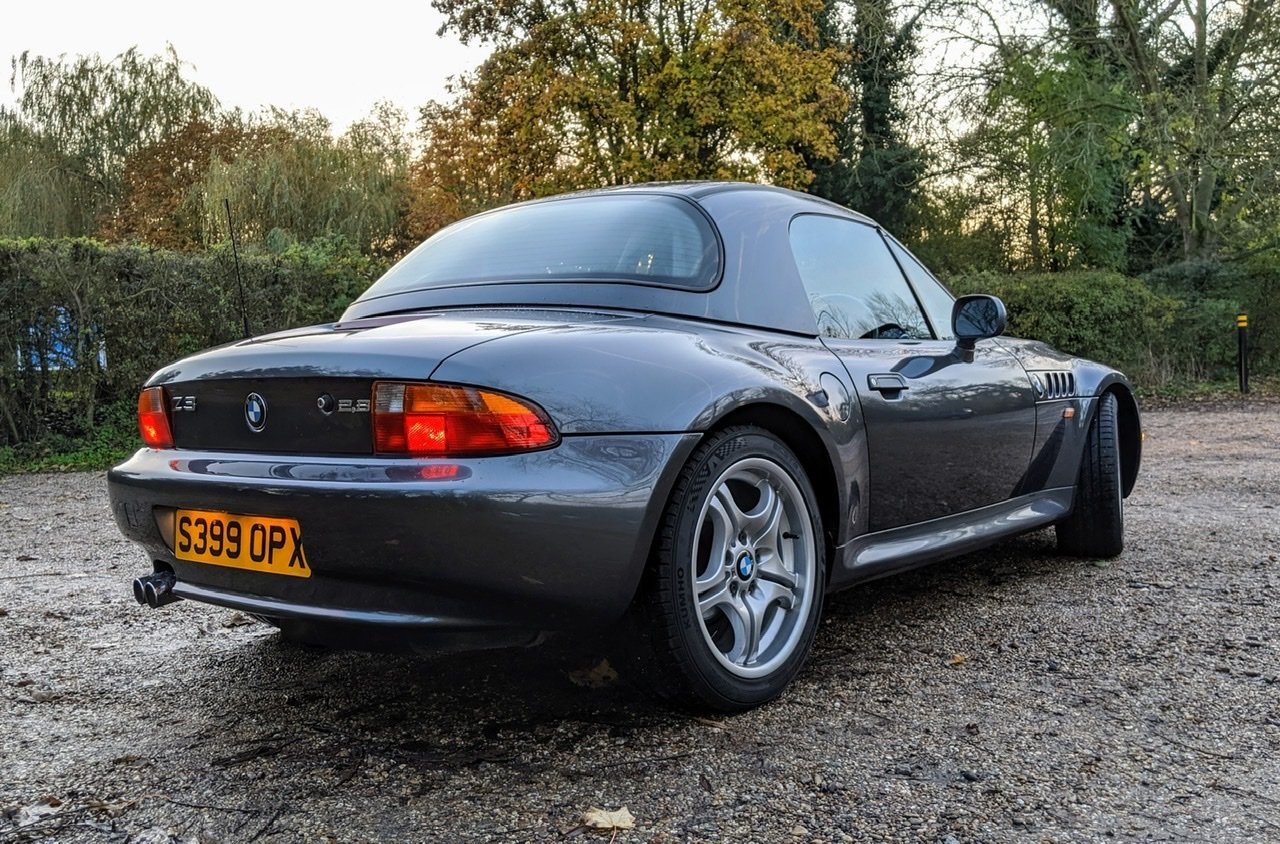 1999 BMW Z3 2.8i manual with factory hardtop For Sale (picture 4 of 6)