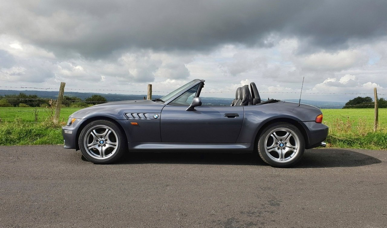 1999 BMW Z3 2.8i manual with factory hardtop For Sale (picture 6 of 6)