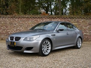 2007 BMW M5 V10 E60 Manual / Schaltgetriebe 6-Speed only 402 made For Sale