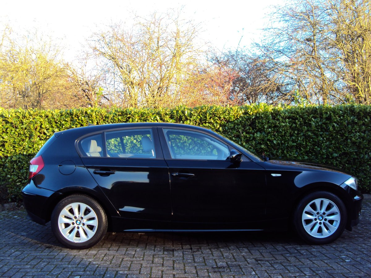 2006 A STUNNING Low Mileage BMW 118i 2.0 SE Automatic - FBMWSH!! For Sale (picture 2 of 6)