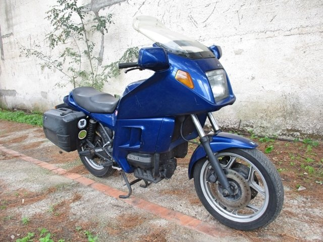 BMW K75 RT (1993) PRESERVED For Sale (picture 3 of 6)
