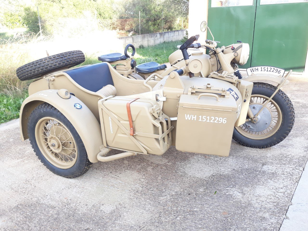 1943 BMW R75 Afrika Korps Military Sidecar -f. restored For Sale (picture 2 of 6)
