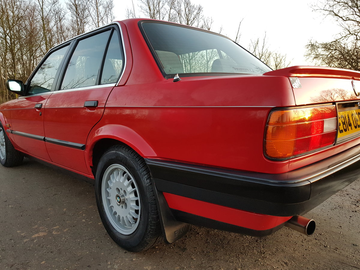 1988 BMW E30 320i Saloon Facelift For Sale (picture 3 of 6)