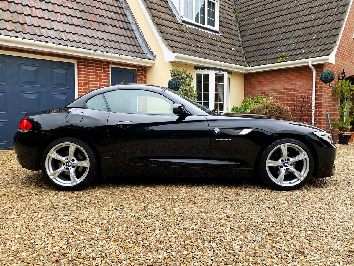 BMW Z4 2.0 sDrive20i M Sport Roadster 2012 Sapphire Black For Sale (picture 2 of 6)
