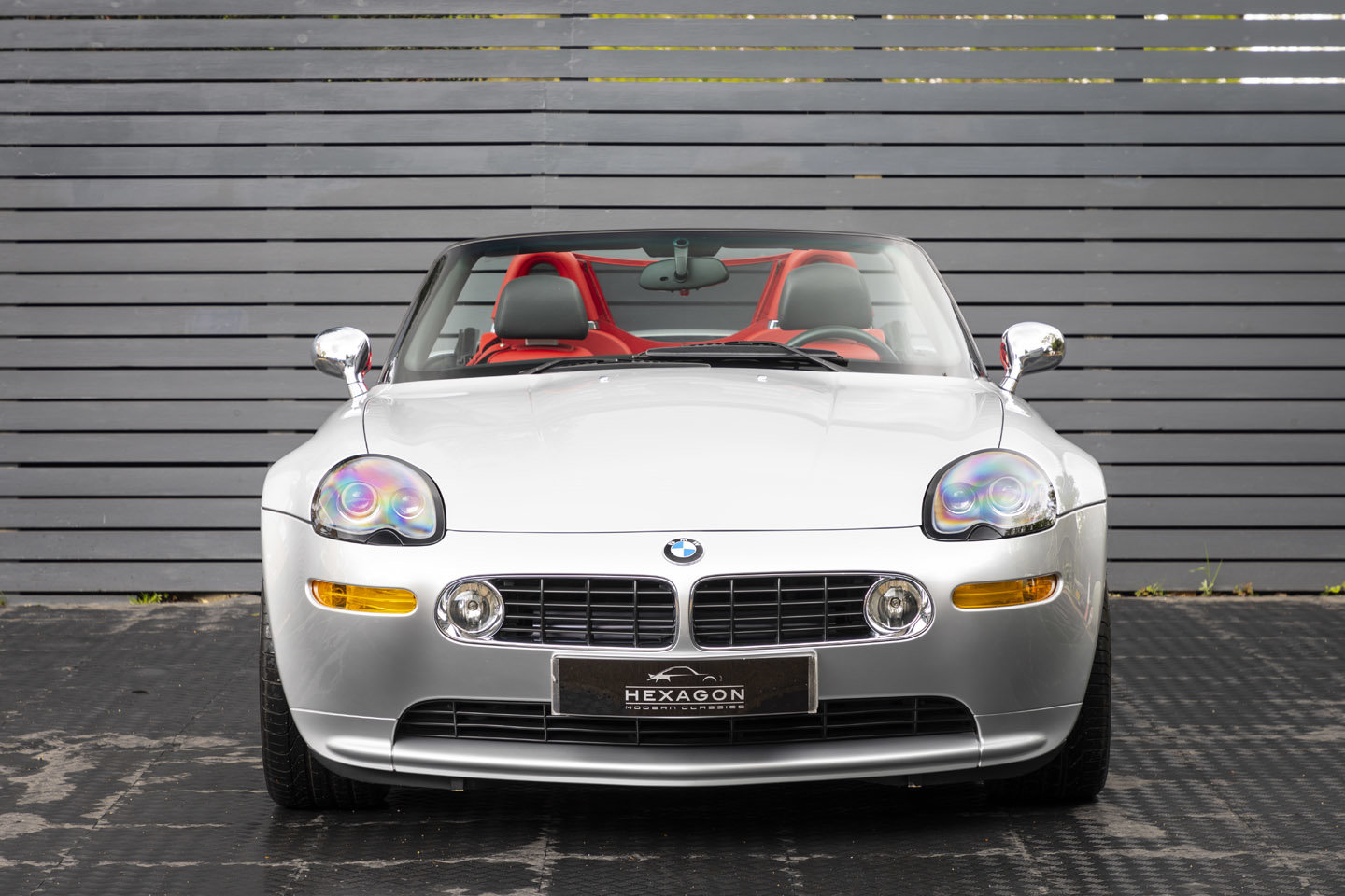2001 BMW Z8 Roadster ONLY 10500 MILES UK CAR For Sale (picture 6 of 22)