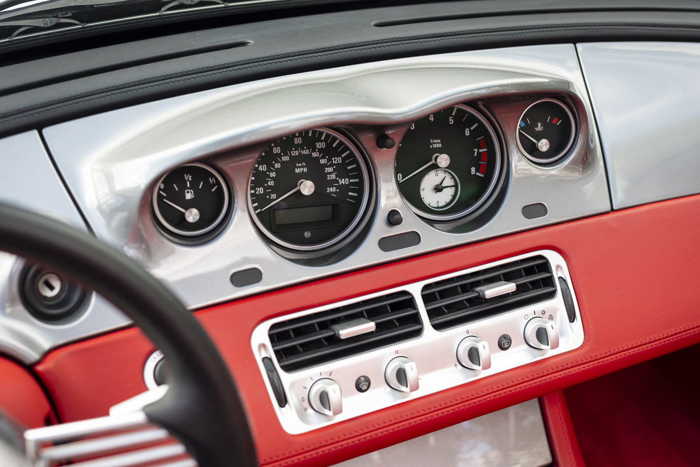 2001 BMW Z8 Roadster ONLY 10500 MILES EUROPEAN For Sale (picture 16 of 22)