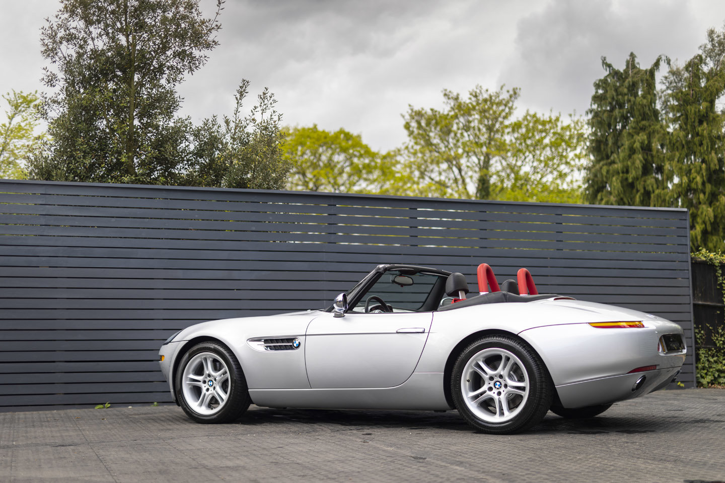 2001 BMW Z8 Roadster ONLY 10500 MILES UK CAR For Sale (picture 20 of 22)