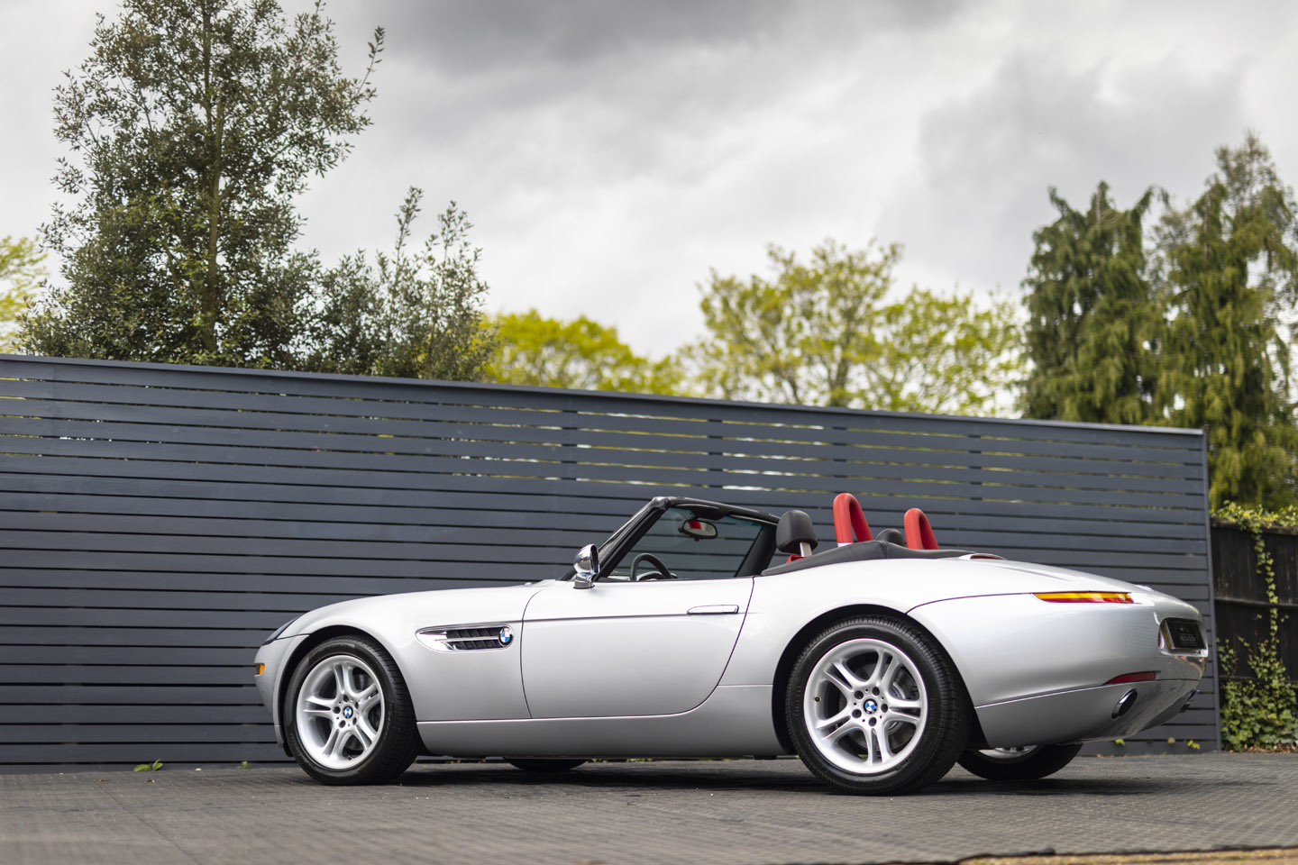2001 BMW Z8 Roadster ONLY 10500 MILES UK CAR For Sale (picture 21 of 22)