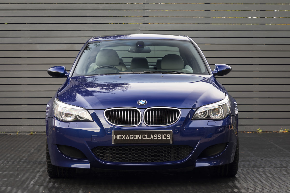 2005 BMW M5 (E60)  ONLY 8800 MILES SOLD (picture 3 of 24)