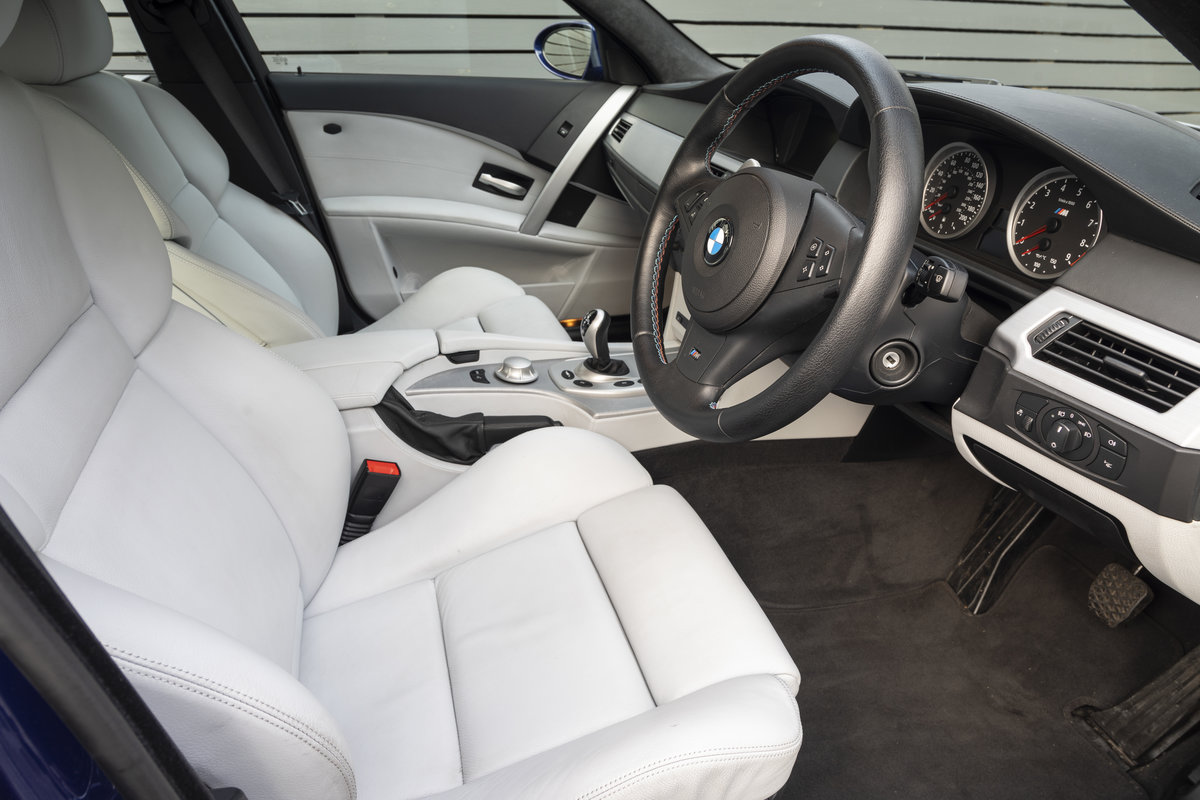 2005 BMW M5 (E60)  ONLY 8800 MILES SOLD (picture 10 of 24)