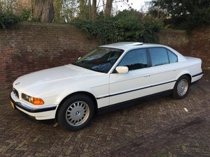 BMW 728iA E38 LHD Low mileage! Full History!