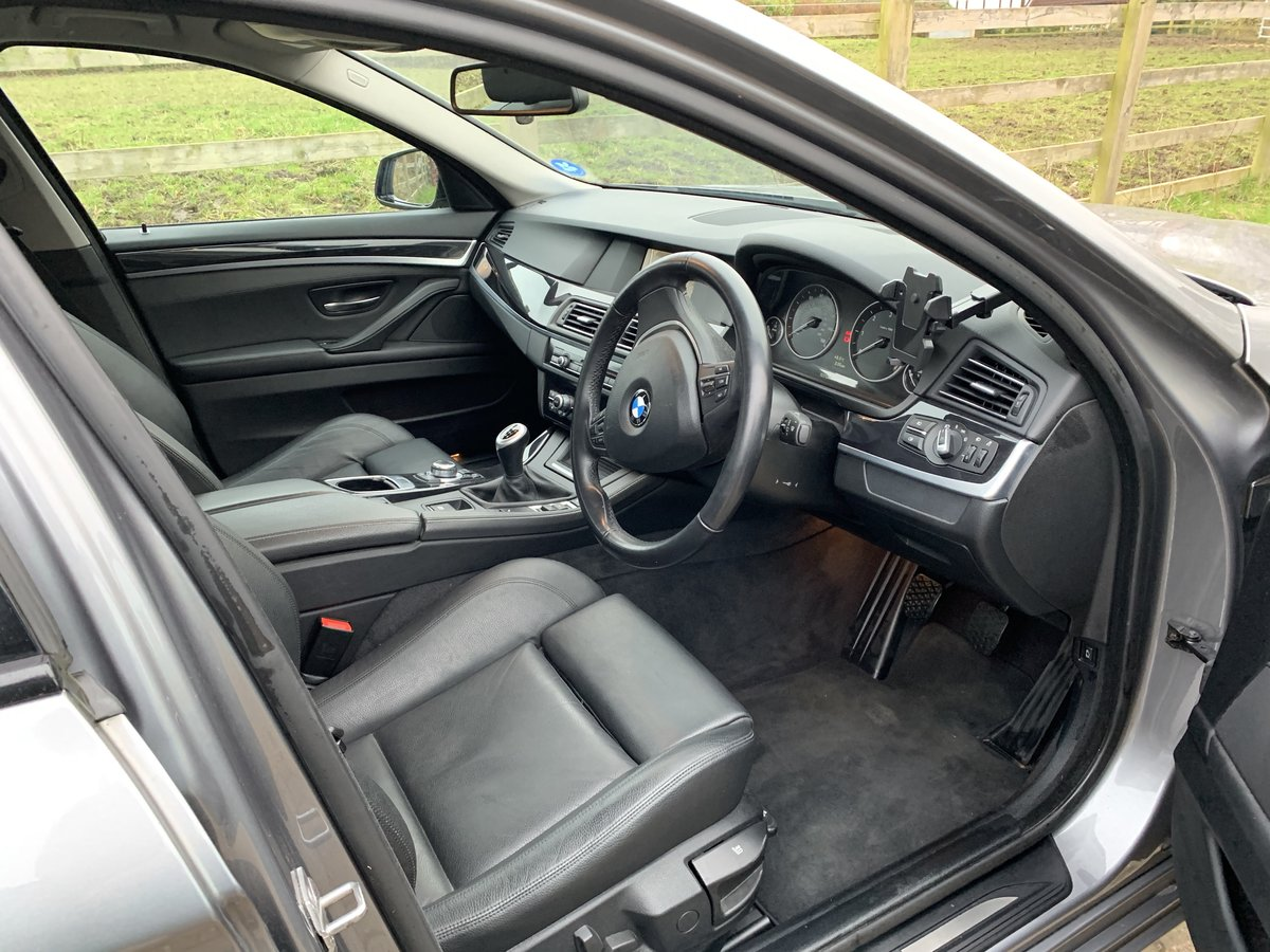 2012 BMW 530D SE with rare manual gearbox For Sale (picture 5 of 6)