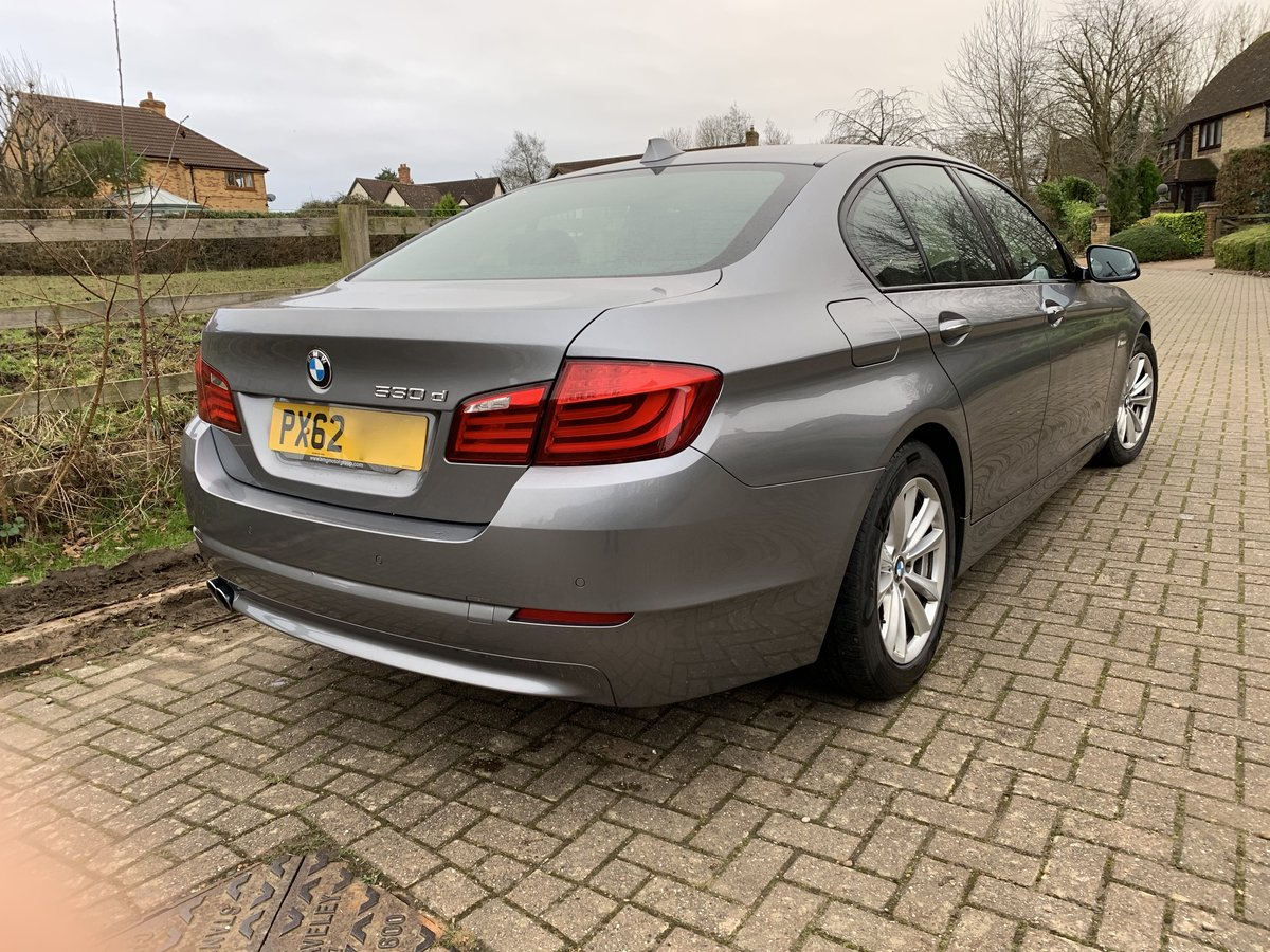 2012 BMW 530D SE with rare manual gearbox For Sale (picture 4 of 6)