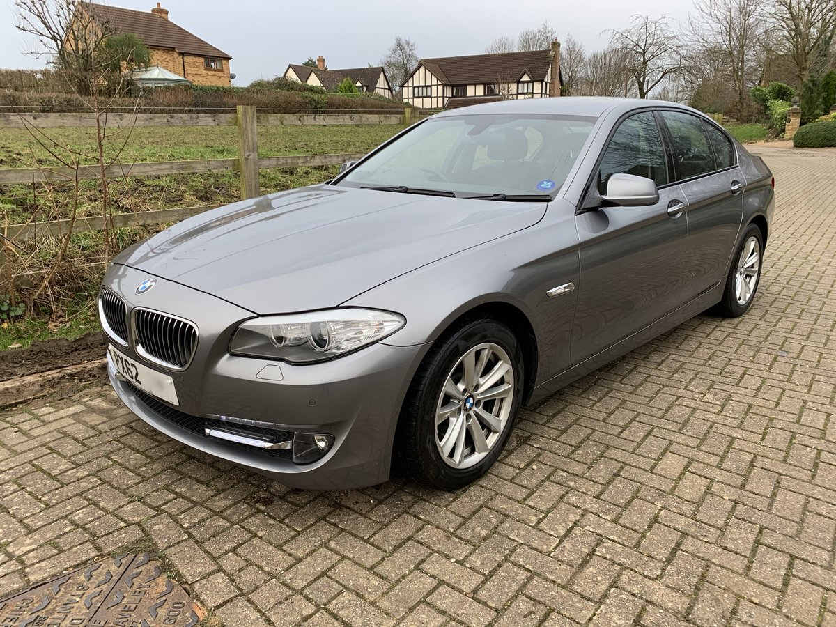 2012 BMW 530D SE with rare manual gearbox For Sale (picture 2 of 6)