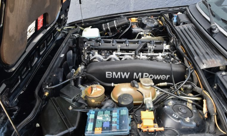 1988 BMW M6 E24 Coupe Sunroof Hot(~)Seats AC 5-spd $39.9k For Sale (picture 6 of 6)