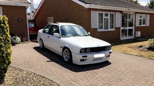1990 BMW e30 318is with S50B32