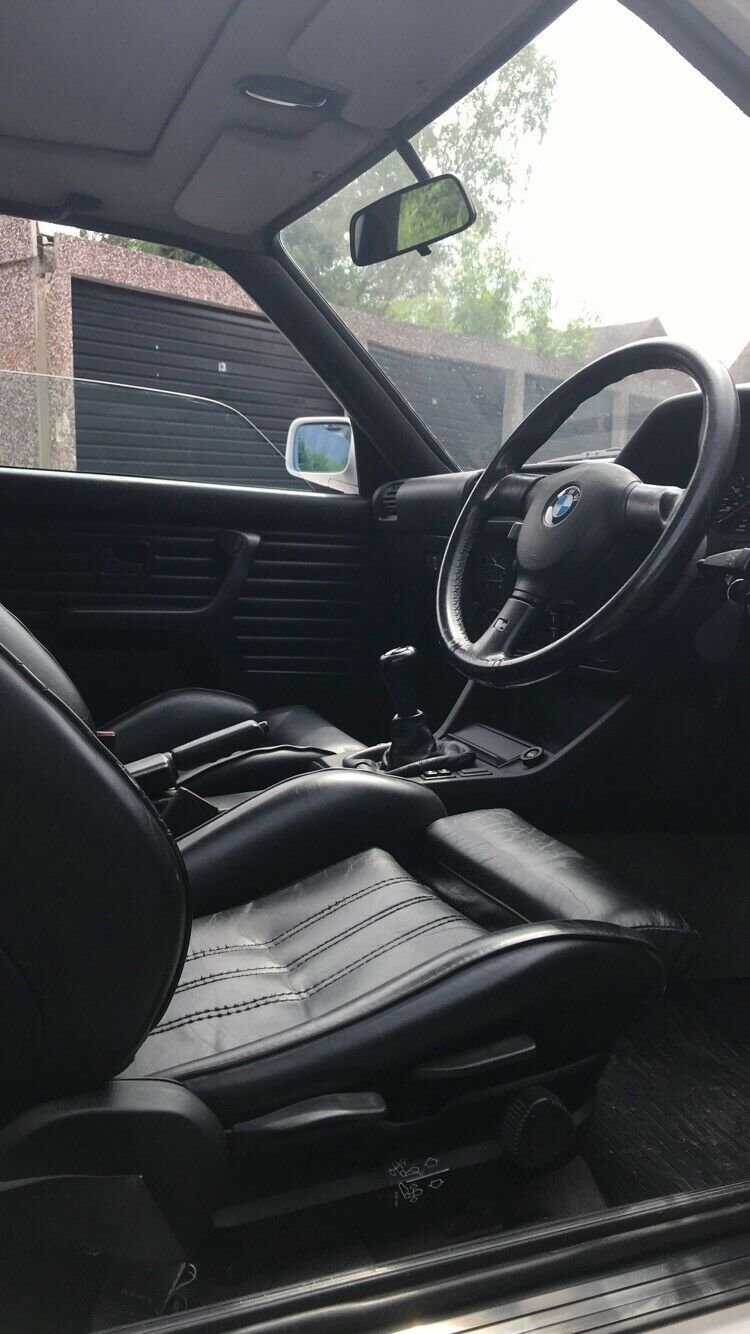 1990 BMW e30 318is with S50B32 For Sale (picture 4 of 6)