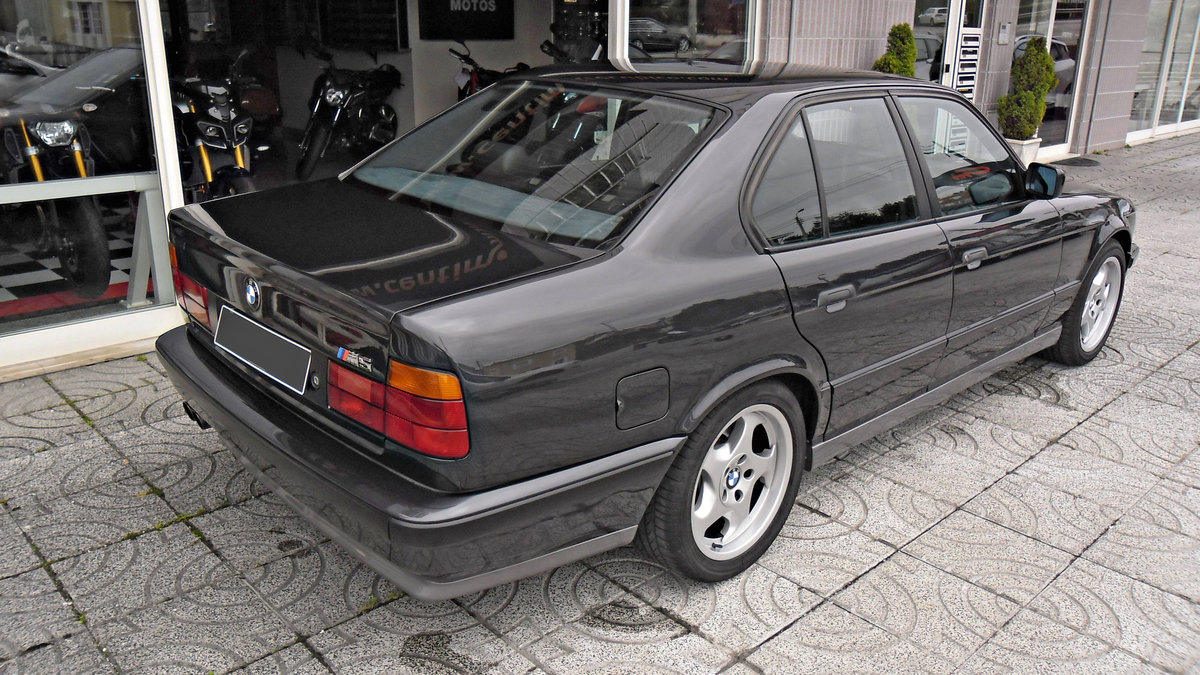 1990 BMW M5 E34 3.6 For Sale (picture 2 of 6)