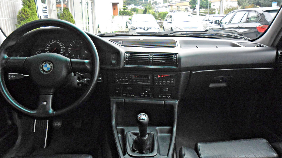 1990 BMW M5 E34 3.6 For Sale (picture 3 of 6)