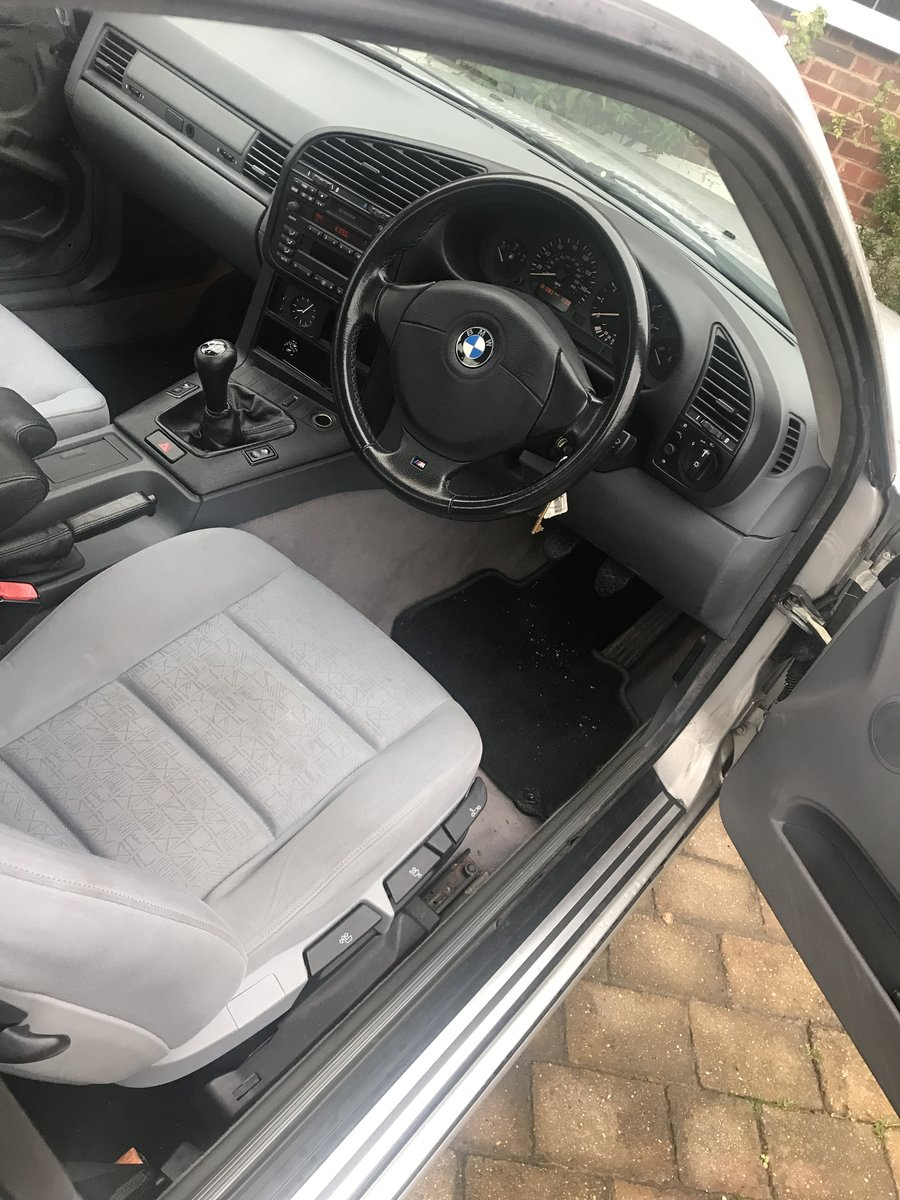 1998 318iS E36 Coupe Titan Silver For Sale (picture 3 of 6)