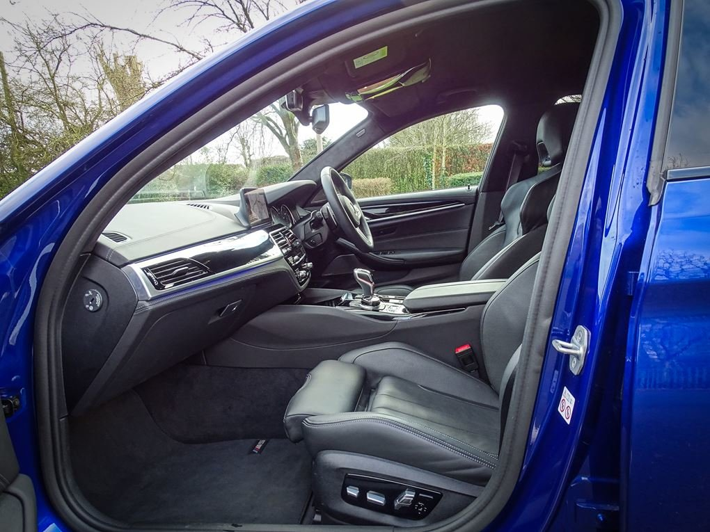 2019 BMW  M5  COMPETITION PACK SALOON AUTO  63,948 For Sale (picture 3 of 24)