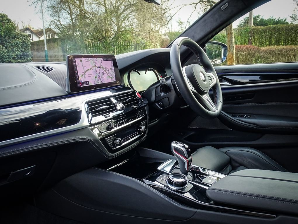 2019 BMW  M5  COMPETITION PACK SALOON AUTO  63,948 For Sale (picture 16 of 24)