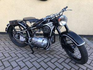 1952 BMW R35 340cc barn/garage find