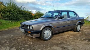 Stunning BMW E30 only 67000 miles from new.