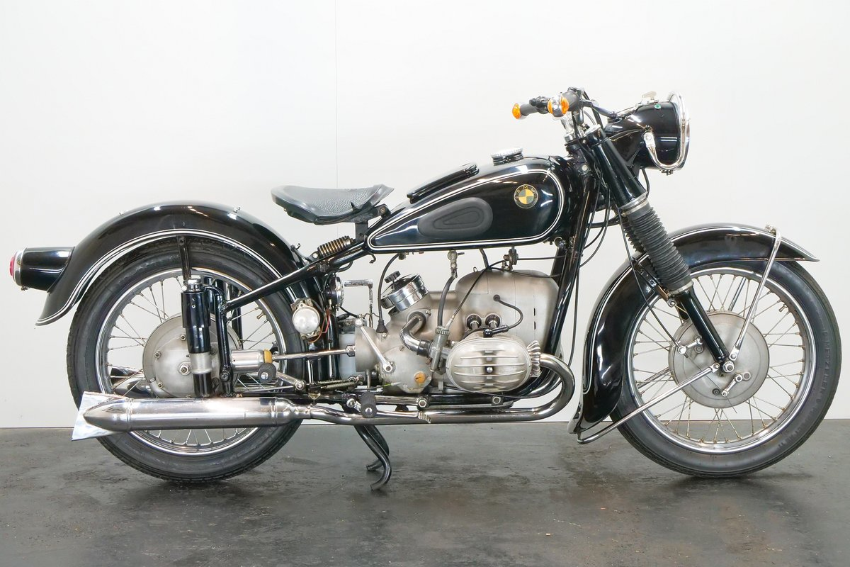 BMW R67/2 c.1953 600cc 2 cyl ohv For Sale (picture 1 of 6)