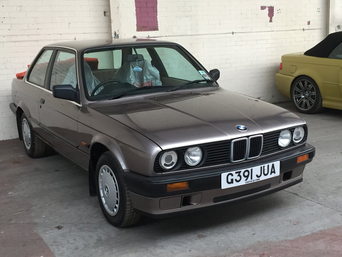 1989 316i e30 probably the lowest mileage in the country For Sale (picture 1 of 4)