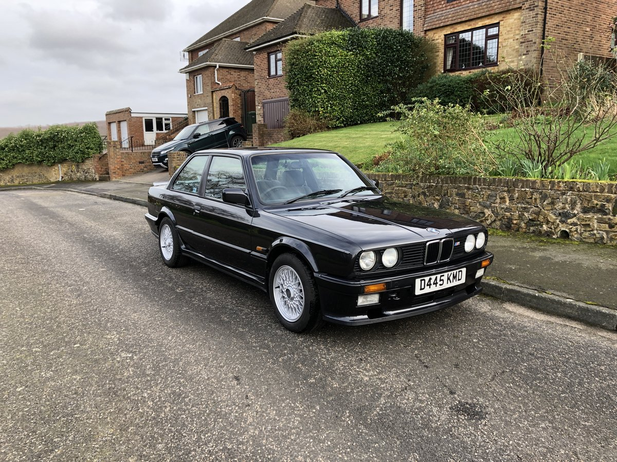 1987 BMW E30 325i Sport Tech 1 For Sale (picture 3 of 6)