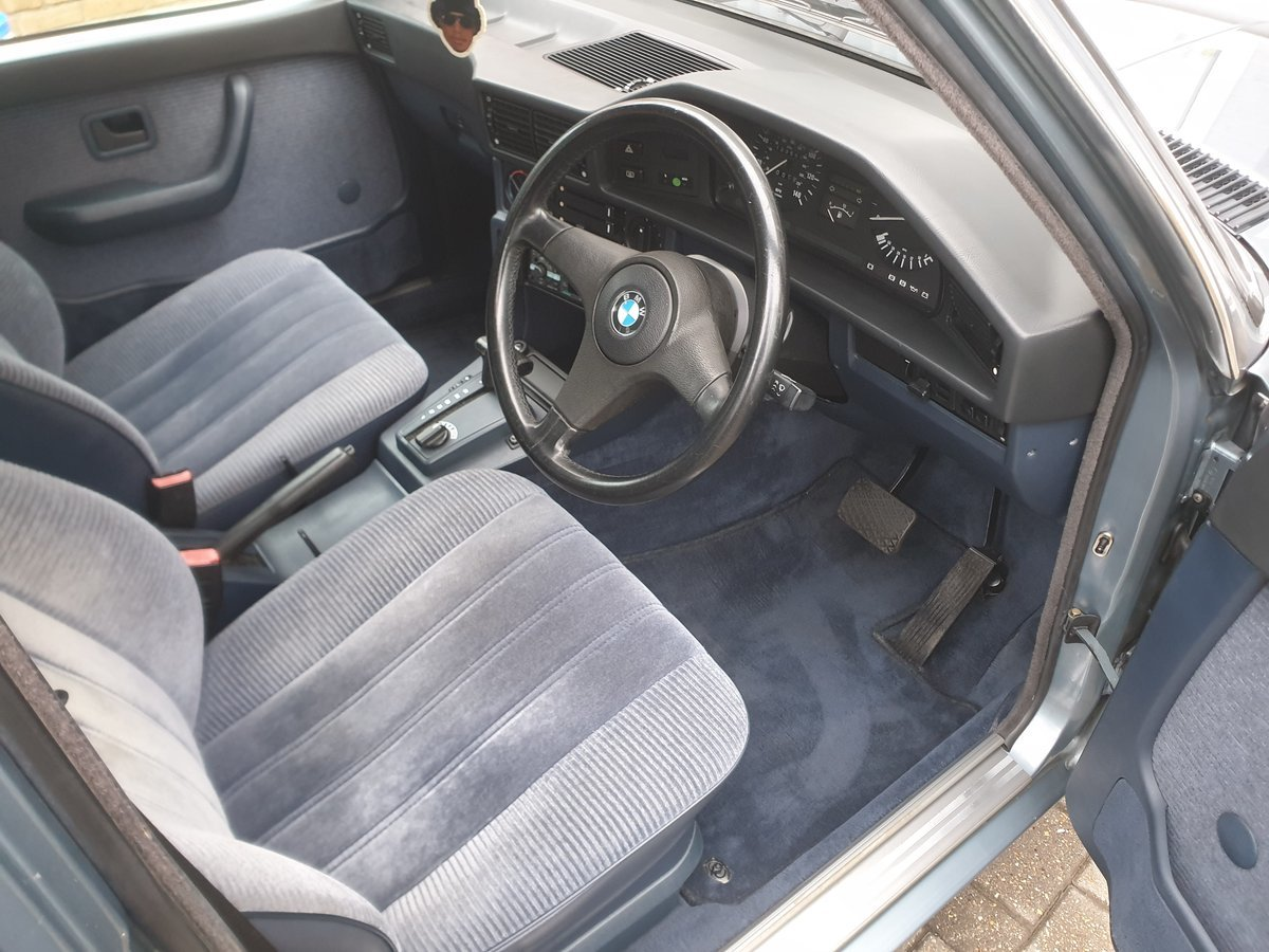 1988 Bmw e28  525e blue auto view the dross then view m For Sale (picture 4 of 4)
