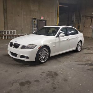 2010 2011 BMW 3 Series 335i xDrive = AWD Ivory(~)Black AT $10.9k For Sale