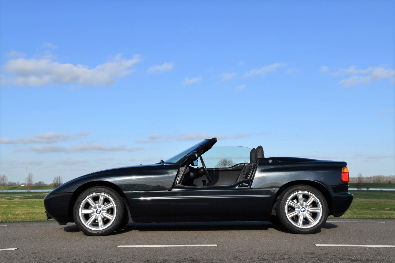 1990 BMW Z1 Roadster For Sale (picture 2 of 6)