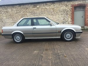 1989 BMW E30 318i coupe, very low mileage, excellent