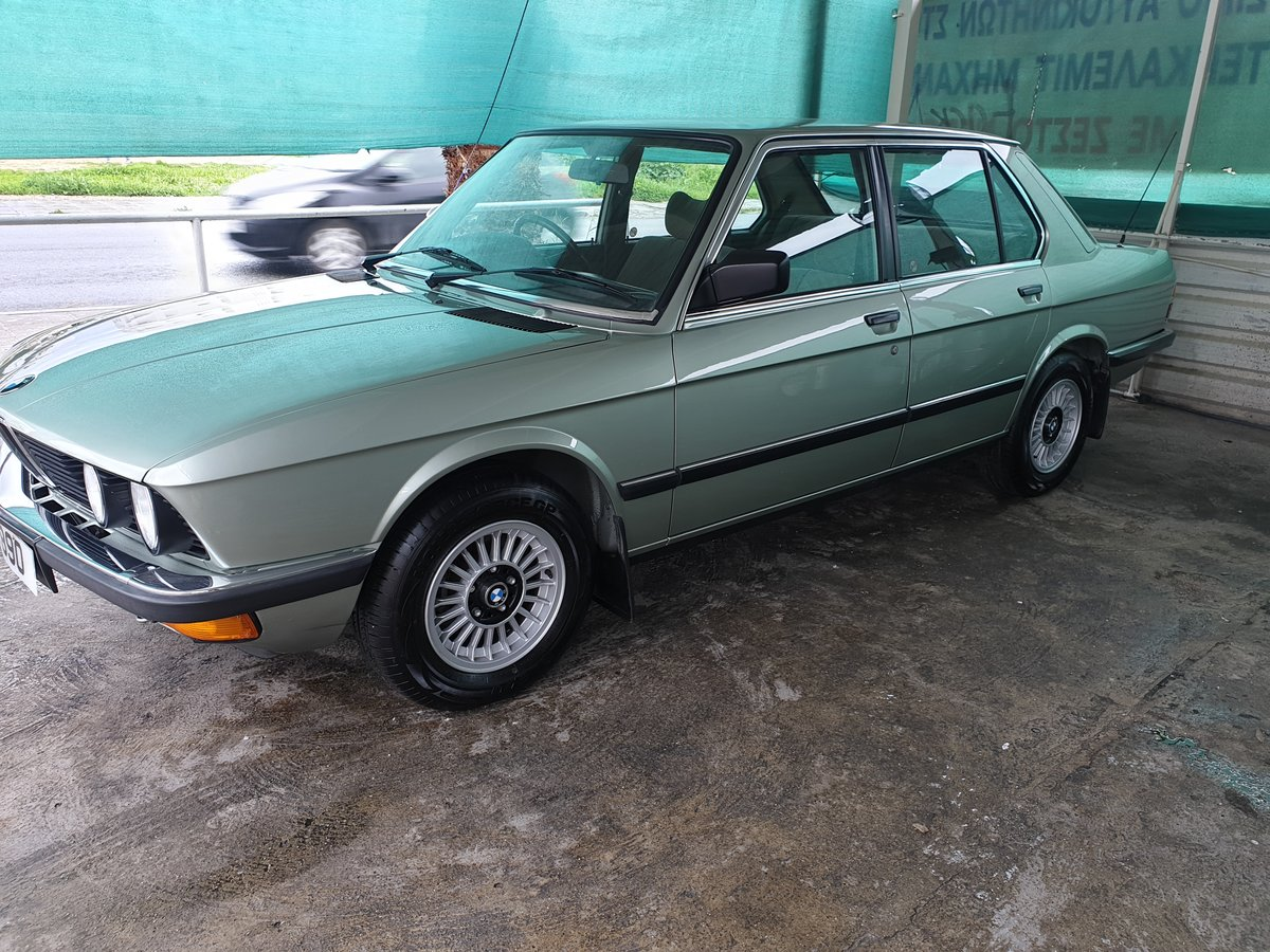 1983 BMW E28 528i For Sale (picture 1 of 6)