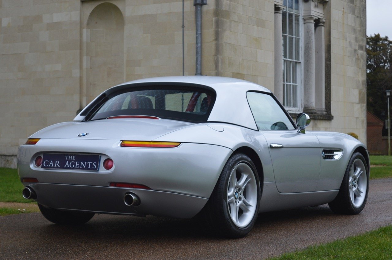 2000 BMW Z8 5.0 V8 Roadster For Sale (picture 2 of 6)