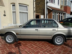1988 BMW E30 Automatic Rust Free Saloon In Bronze