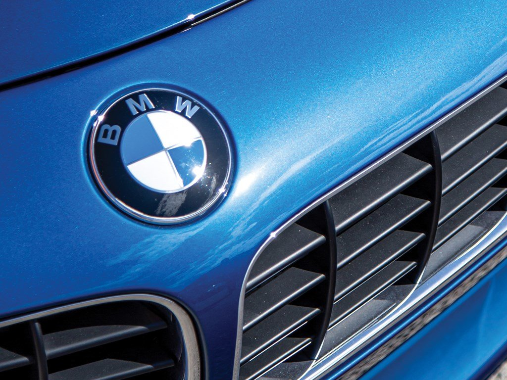 2001 BMW Z8  For Sale by Auction (picture 6 of 6)