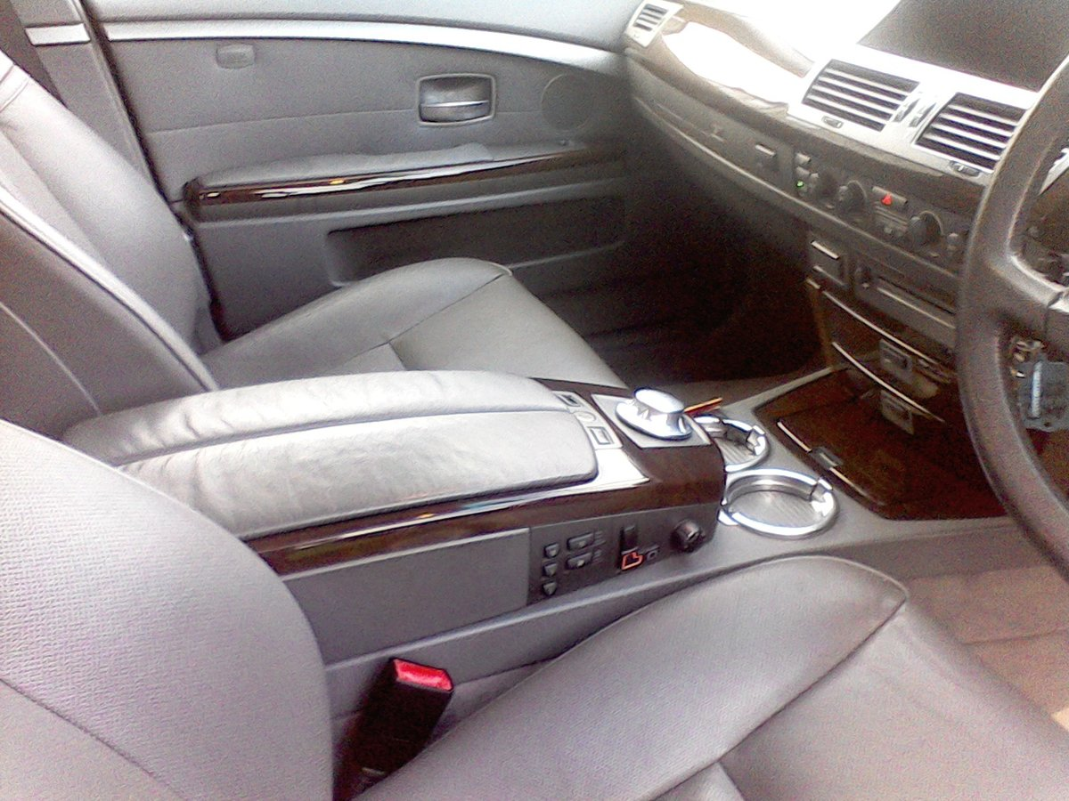 2002 BMW 745i FSH Immaculate Throughout For Sale (picture 3 of 6)