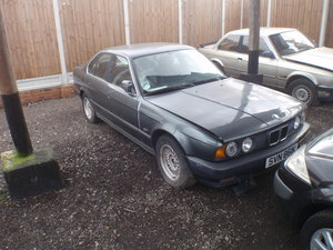 1990 Bmw E34 525i for parts only.