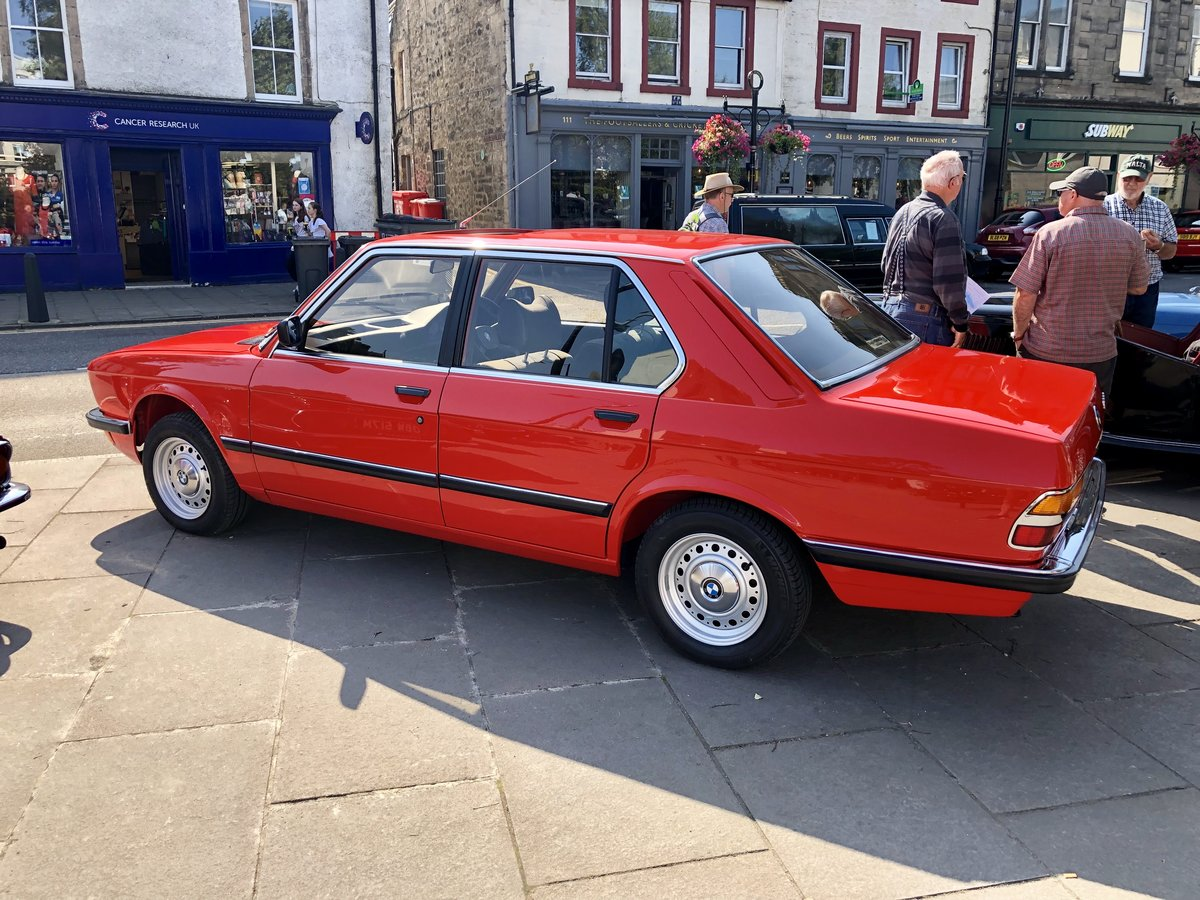 1983 BMW e28 520i 83 Henna Red Sympathetically Restored For Sale (picture 1 of 6)