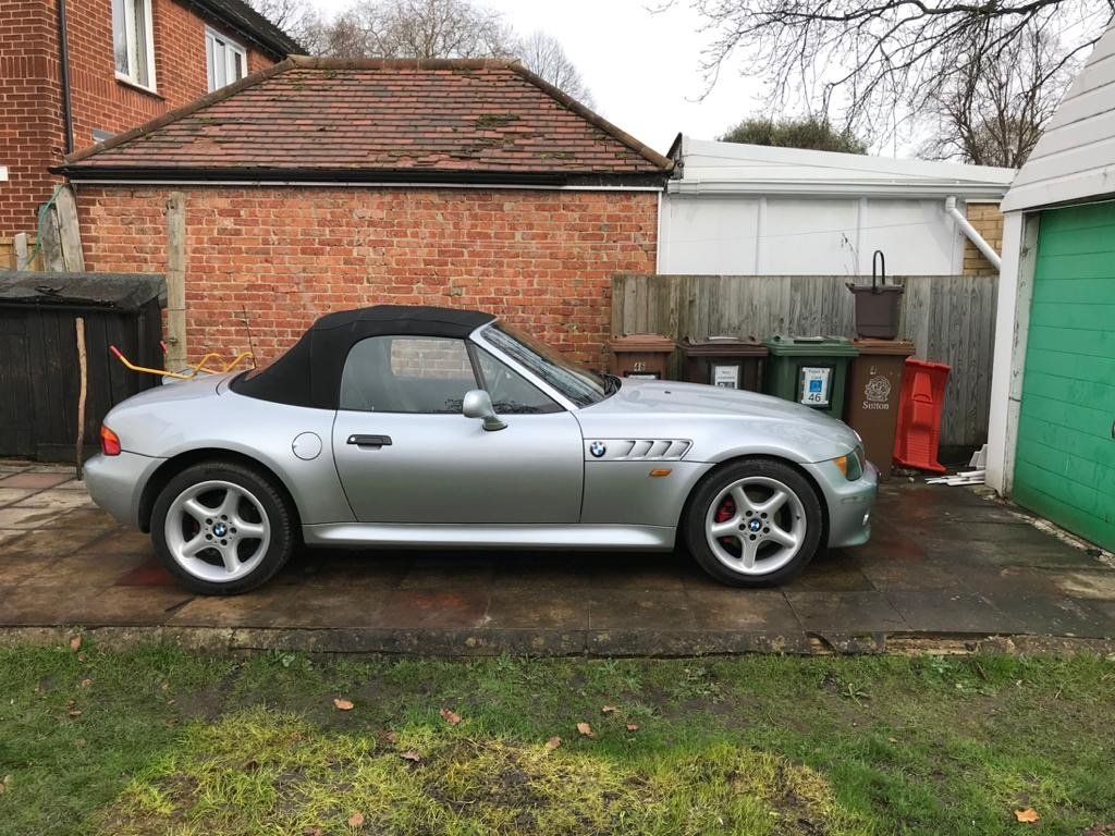 1999 BMW Z3 2.8 litre Silver wide bodied convertible For Sale (picture 2 of 6)