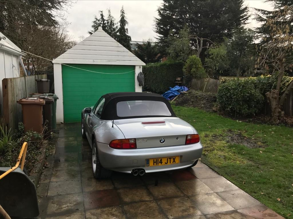 1999 BMW Z3 2.8 litre Silver wide bodied convertible For Sale (picture 3 of 6)