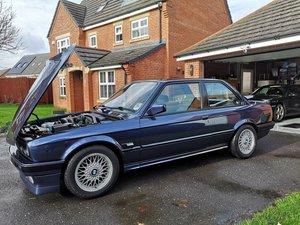 1991 E30 318is m42 laser blue