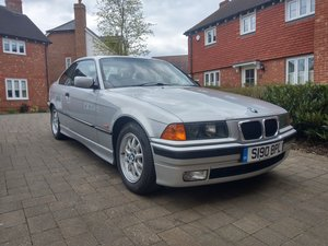 1998 BMW 318 IS