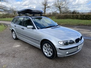Immaculate 1 owner 320d Touring, BMWSH