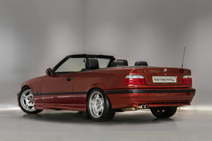 1994 Fantastic Condition BMW 325i For Sale (picture 2 of 6)