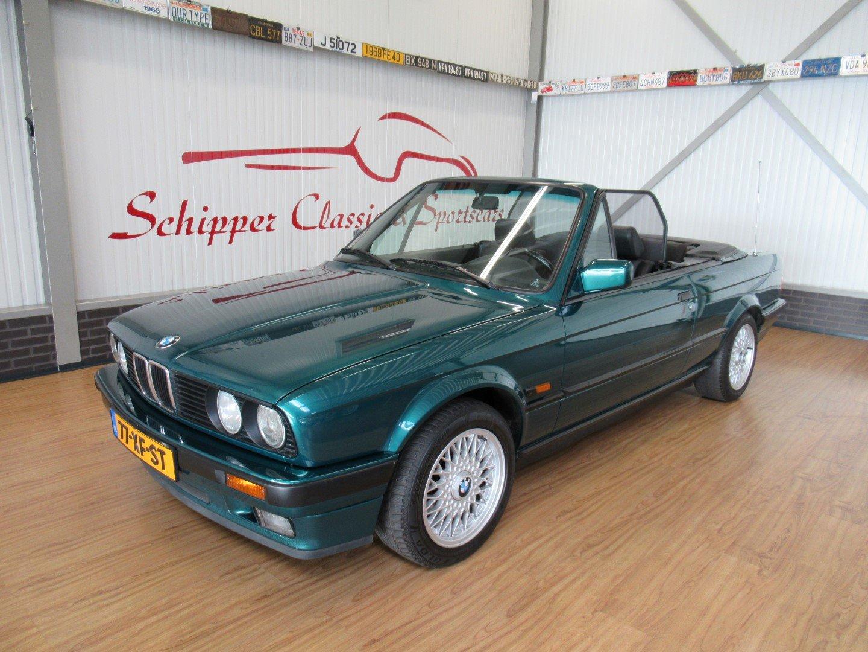 1992 BMW 318i E30 Cabrio For Sale (picture 1 of 6)